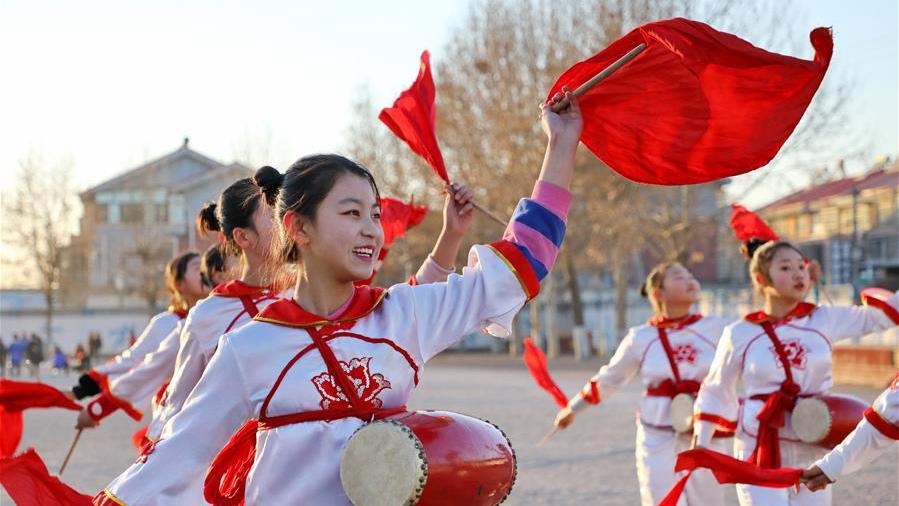 河北唐山:多彩社团丰富学生生活
