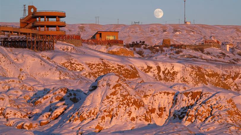 新疆:布尔津善用冰雪资源 发展旅游经济