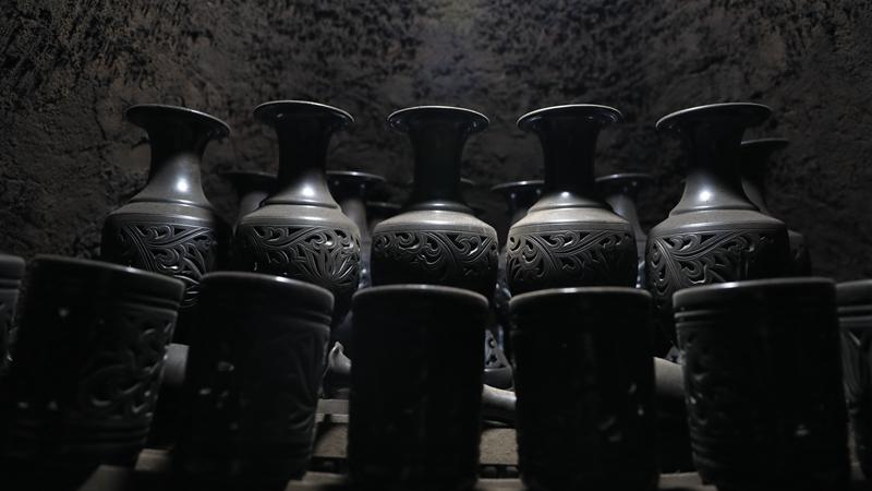 【非遗传承人陪您过大年】黑陶传承人——刘小伟