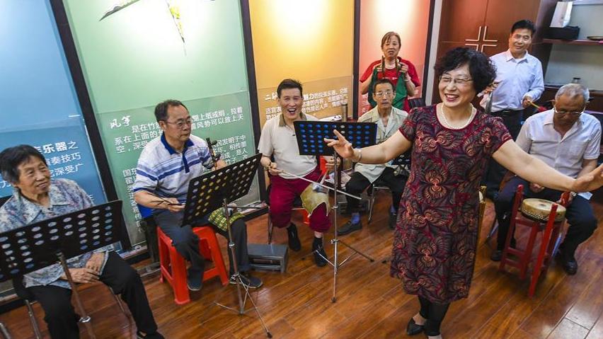 河北衡水:多彩社区让老年人乐享幸福生活
