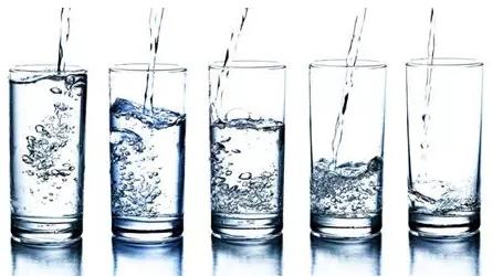 夏季饮水有讲究,正确姿势你get了吗?