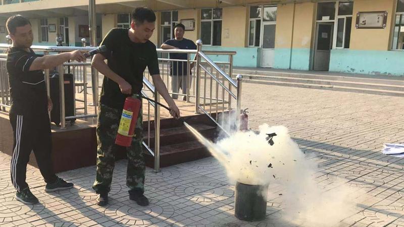 """雄安新区容城县消防救援大队开展""""上好一节消防课""""活动"""