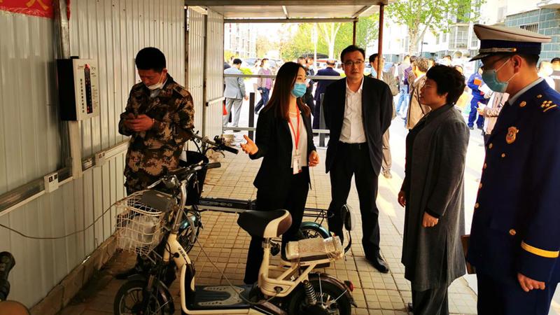 雄安铁塔公司:承接雄县充电桩建设 助力构建平安小区