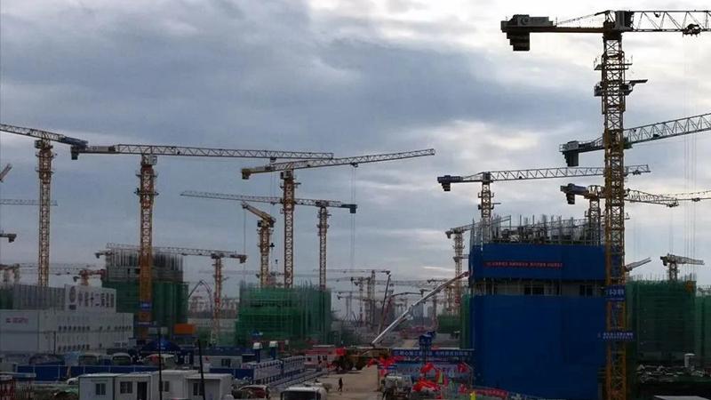 十万建设者奋战雄安新区 !未来之城日新月异拔节生长