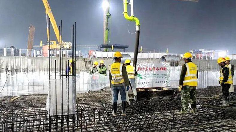看建雄安丨雄安新区雄东片区A单元安置房项目一标段首块筏板浇筑完成