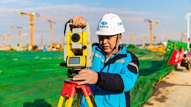 我和雄安的故事㉚丨雄安工匠杨文全:超越自我 敢为人先!争当一名优秀测量工