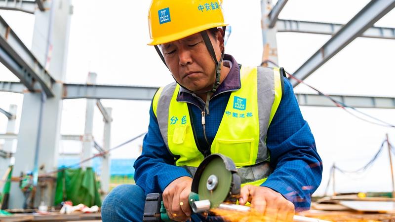 我和雄安的故事㉛丨雄安工匠武臣德:保证供电安全,精益求精完成任务