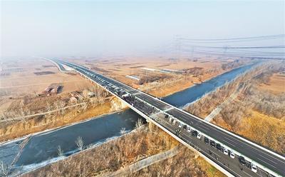 津石高速通车运行:一条交通动脉 津冀更近一步