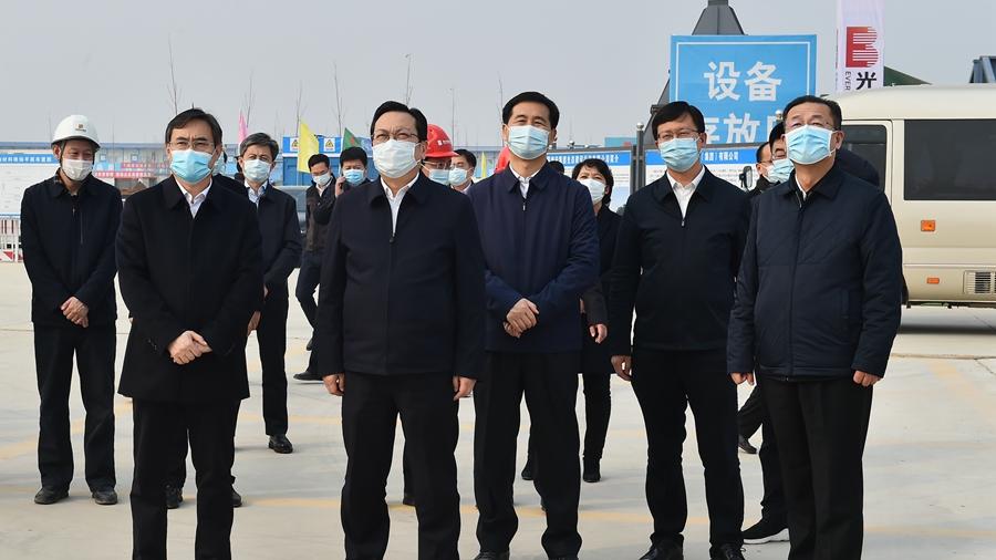 张国华到雄县调研新区有关公共服务项目建设进展