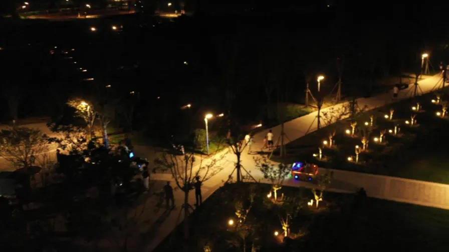 又一打卡圣地,白洋淀站站前公园等你来!