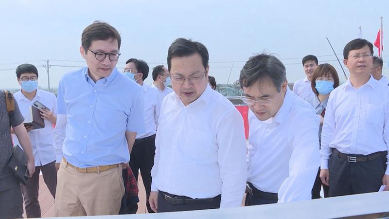 张国华在启动区和起步区调研基础设施项目建设