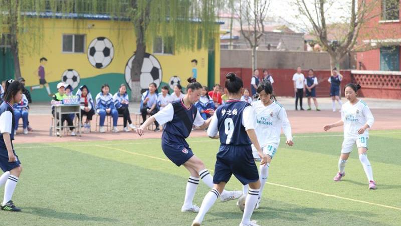 雄县第一小学迎首届五人制足球班级联赛
