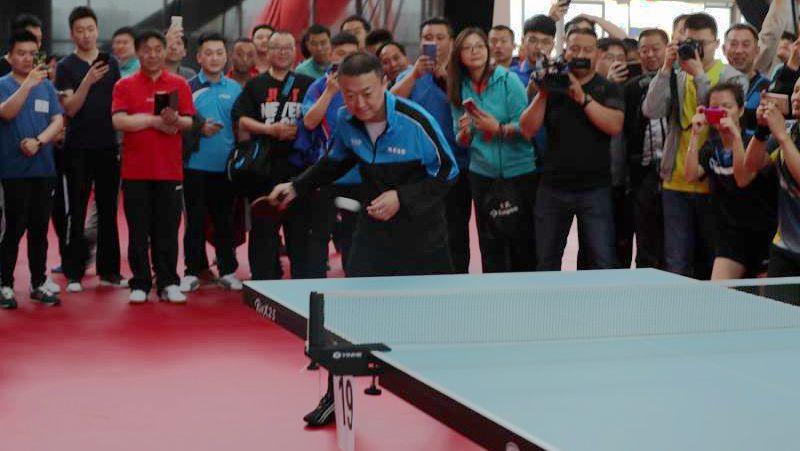 【视频】明星助阵 雄安新区举行首届乒乓球邀请赛