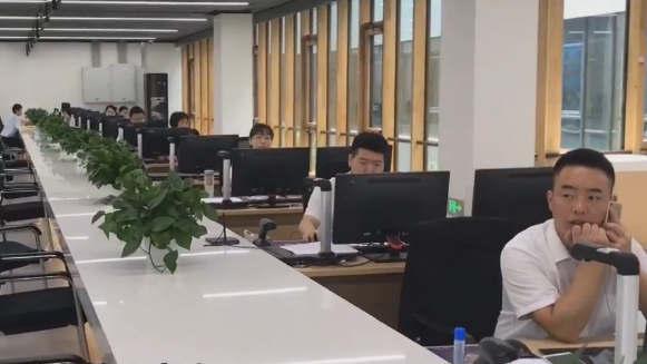"""【视频】探访雄安新区""""未来之城"""" 智慧政务提效率"""