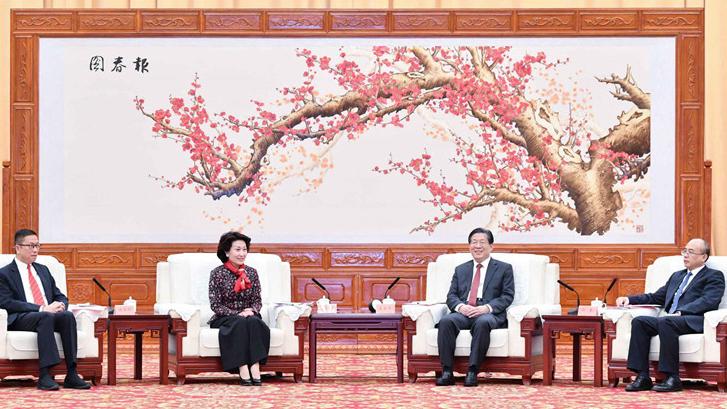 王东峰会见港区省级政协委员联谊会访问团一行