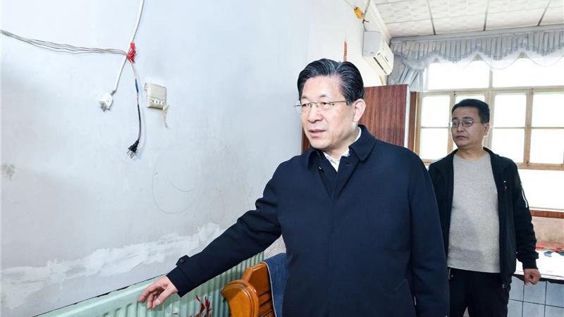 王东峰:全力保障新区群众安全清洁温暖过冬
